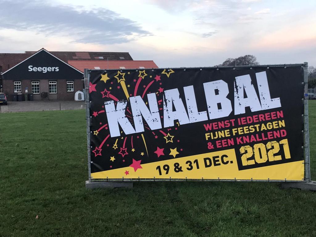 Knalbal wenst iedereen fijne feestdagen en een knallend 2021!